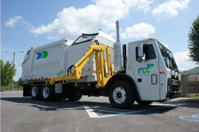 FCC-truck-used-for-waste-collection-in-the-US-679x452
